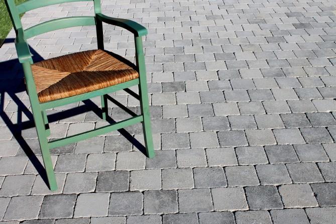 pav quadrato dalles et pav s piscine terrasses am nagement ext rieur gard 30. Black Bedroom Furniture Sets. Home Design Ideas